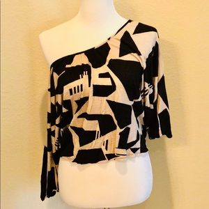 Tops - Edgy Cropped Dolman Top